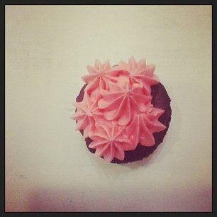 Lucy & Leo's Tallahassee: Chocolate cinnamon cupcake with Fire Ball Whiskey buttercream. #HolidayHaul  #IHeartTally