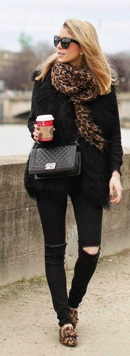 I love this outfit. Black with leopard scarf and matching flats. Complete with a cup of Starbies.