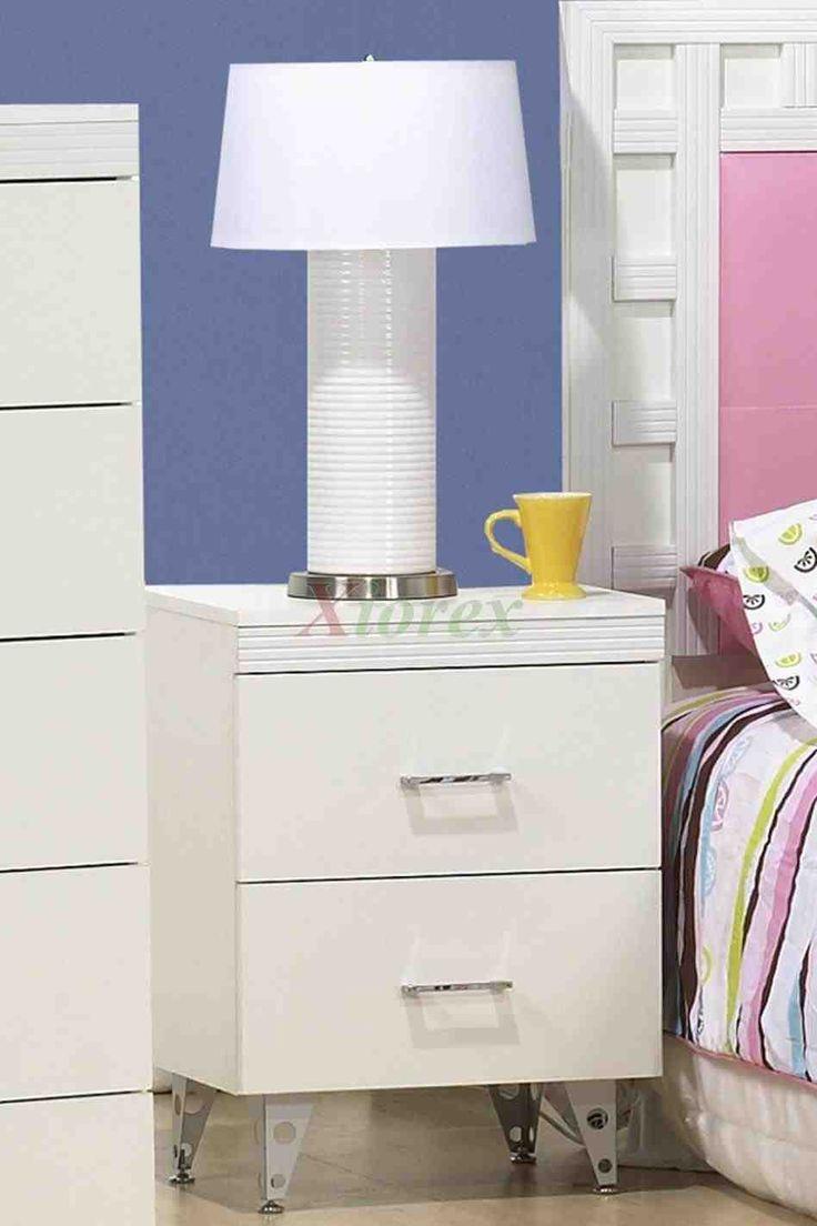 best 25 white bedside tables ideas on pinterest side. Black Bedroom Furniture Sets. Home Design Ideas
