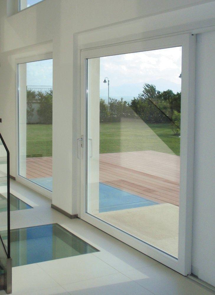 HST Porte-fenêtre levant-coulissante by OKNOPLAST GROUP