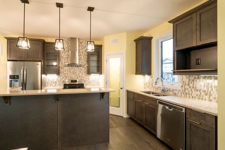 Spacious kitchen ready to cook in! #kitchen #granite #loveyourhome