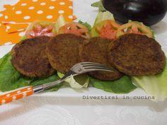 Se dico hamburger cosa vi viene in mente? Un bel panino con una polpetta di carne macinata.Che ne dite di un bell' hamburger di melanzane?
