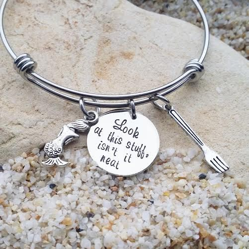 Each piece of my hand stamped jewelry is a tribute to your life, your family and the things you love!  This 1 inch, 20 gauge nickle disc stamped with
