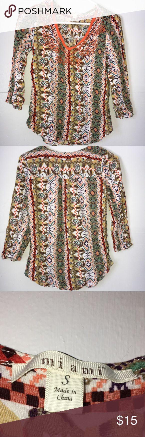 Francesca's Collections Tribal Aztec Blouse EUC.It has a v neck style. Francesca's Collections Tops Blouses