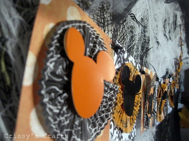 close up of mickey halloween party designs