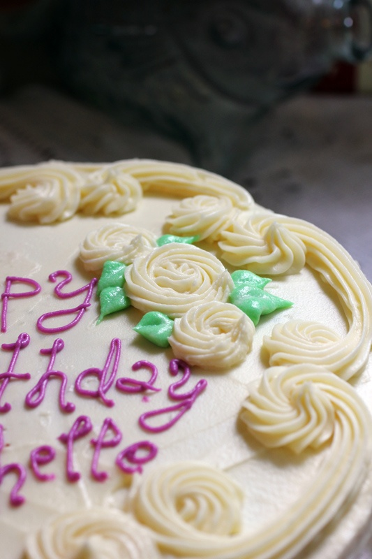 Cake Decorating Cream Cheese Icing Recipe : 87 best images about Ice Cream Cake Ideas on Pinterest ...