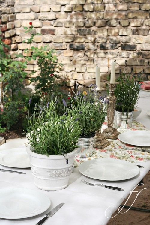 lovely table....