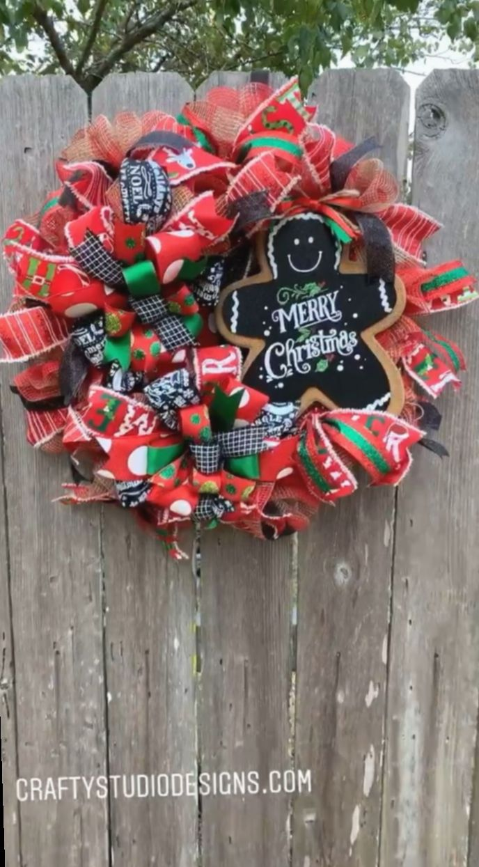 Christmas Decor Ideas Videos Old Fashioned Christmascookies Christmasseason In 2020 Christmas Wreaths For Front Door Holiday Wreaths Christmas Christmas Wreaths