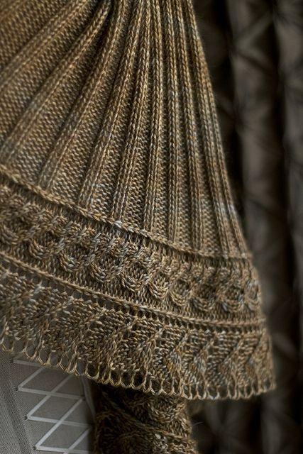 Beautiful art nouvea inspired shawl yarn from Spanish Etsy shop Lilou