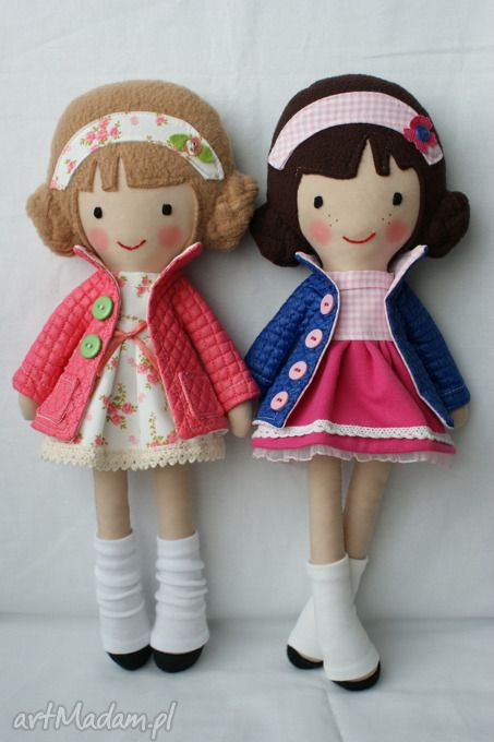 These are beautiful - great inspiration. Polish site where you can buy the dolls.