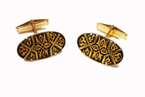 Damascene oval Cuff links - gold and Black Etched enameling - vintage cufflinks by serendipitytreasure on Etsy