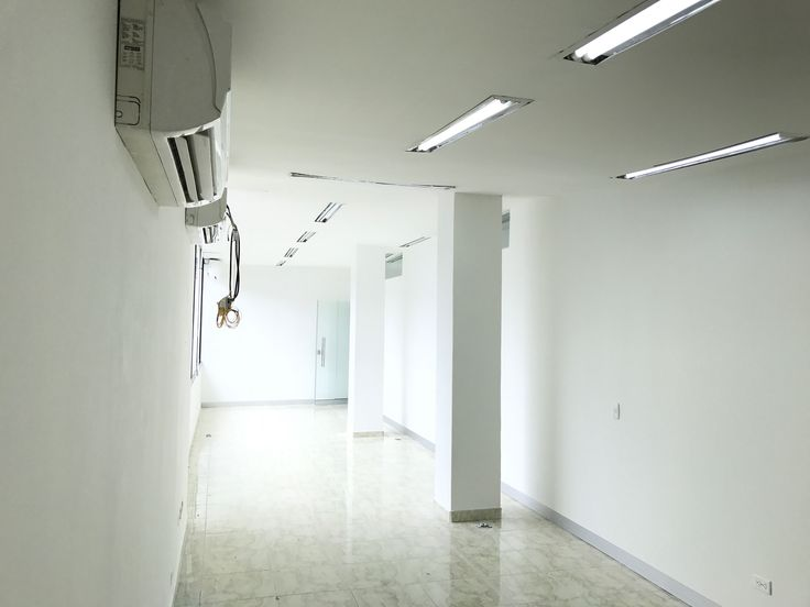 Alquilo oficinas Ibague Arkacentro http://www.colombiablog.info/2017/06/arriendo-locales-oficinas-centro-comercial-arkacentro-ibague-tolima.html
