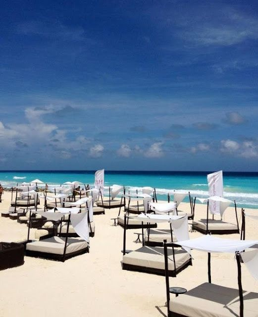 Cancún resort, Mexico | Incredible Pictures