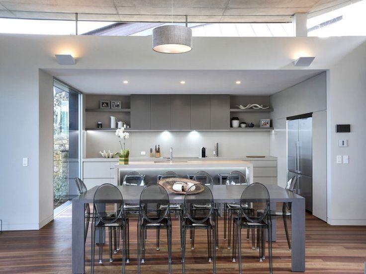 Killcare, NSW Sales Agents - Dino Gatti and Megan Thomas Ray White Lower North Shore (02) 9953 7333 #raywhiterealestate #raywhitelowernorthshore #houseforsale #realestate #kitchen #kitcheninspo #kitchendesign