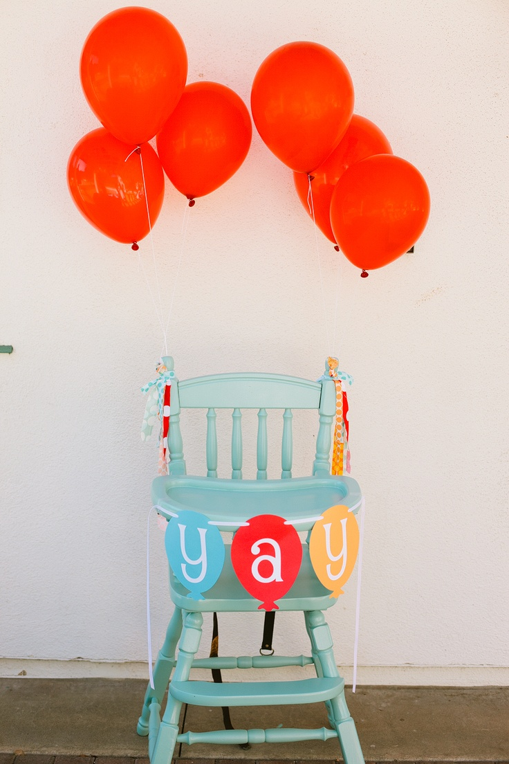Balloon-themed first birthday party...I've been thinking about this theme for Mischa, just with different colors.