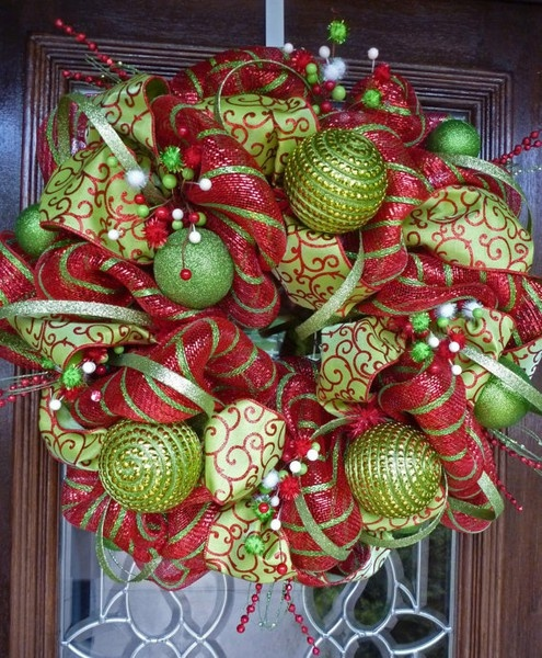 Christmas wreath!!  Love these colors!: Holiday, Christmaswreaths, Christmas Wreaths, Ribbons Wreaths, Whimsical Christmas, Front Doors, Wreaths Ideas, Deco Mesh Wreaths, Christmas Decor