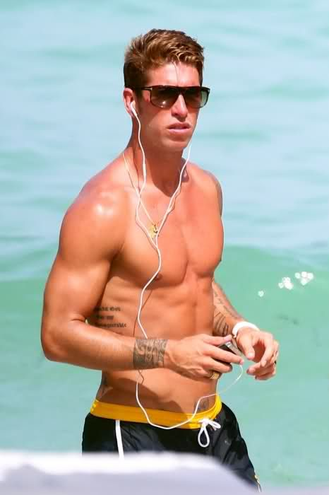 What you don't know is that Sergio Ramos is listening to Katrina & The Waves