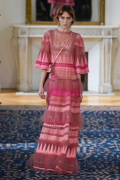 Valentino Spring/Summer 2017 Ready To Wear Collection | British Vogue