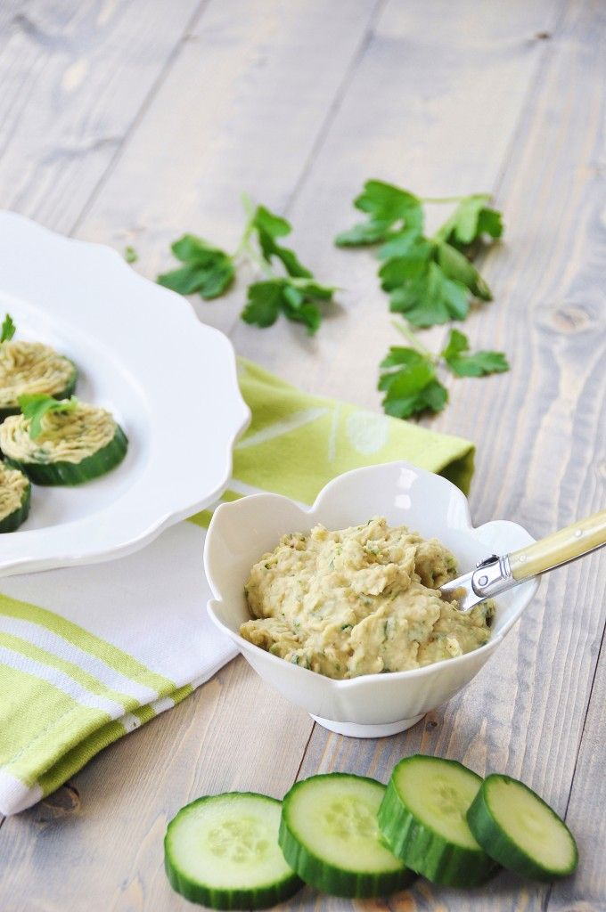 Cannellini Bean Dip on Cucumber Chips. A light, fresh, and healthy alternative to cheese and crackers. www.veganosity.com #vegan #healthy #appetizer