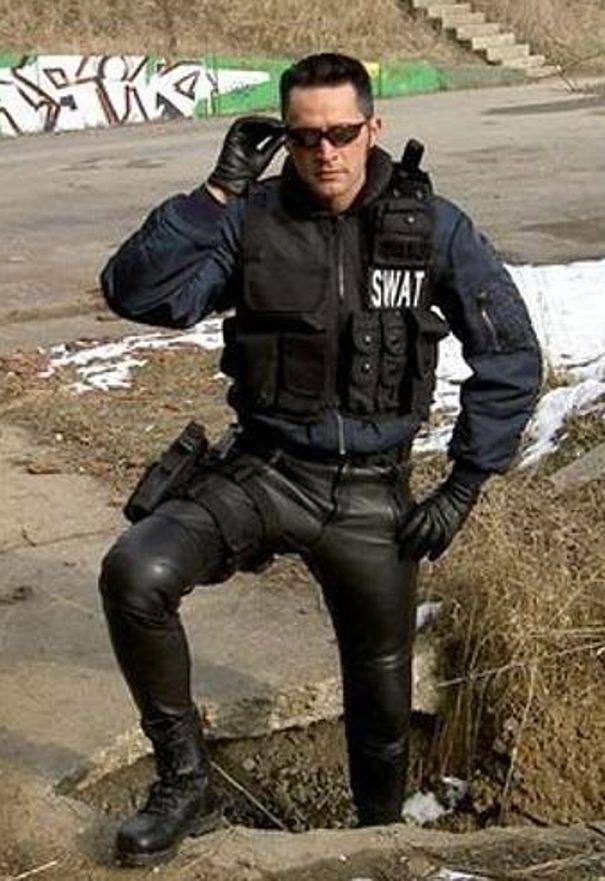 Swat meet spandex - 5 3