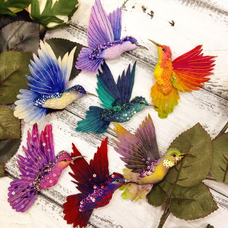 A riot of color in today #ff_mklass!  Girls, thank you for coming and have created together with me so much beauty!  where are the photos from our Petrograd  needlework embroidery hummingbird brooch masterclass