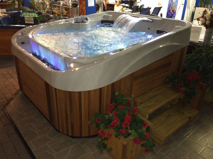 17 best images about vanishing edge hot tub on pinterest for Florida hot tubs