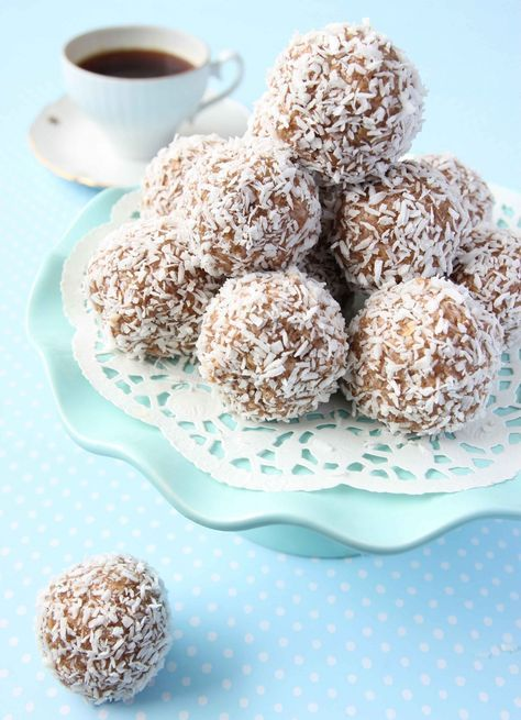 Havrebollar / chokladbollar | Tidningen Hembakat