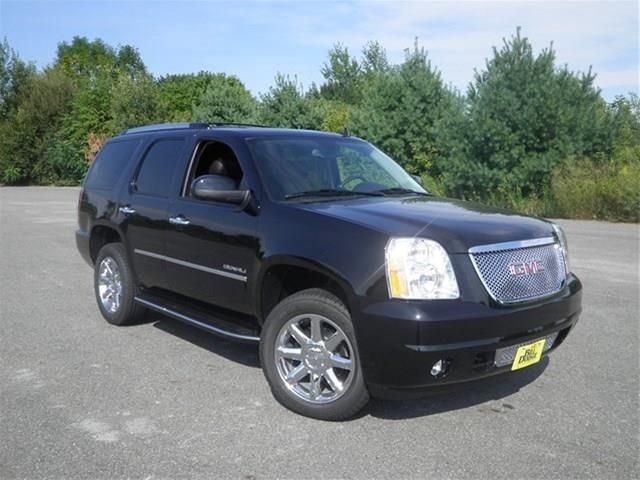 2014 Gmc Yukon Denali AWD Denali 4dr SUV SUV 4 Doors Black Onyx for sale in Westbrook, ME Source: http://www.usedcarsgroup.com/used-gmc-for-sale-in-westbrook-me