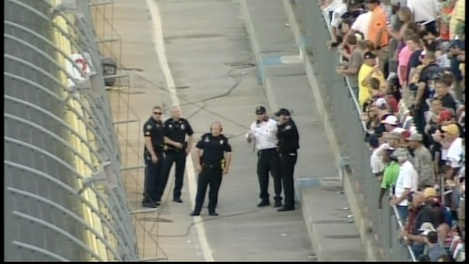 Camera cable breaks, injures fans, halts Coca-Cola 600 and I was there!