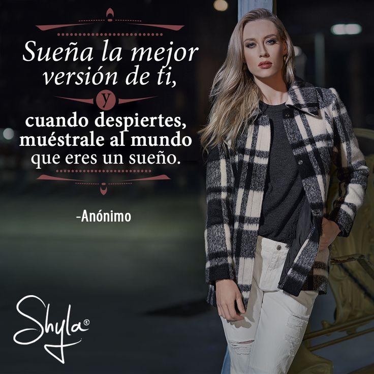 #ShylaMx #Abrigos #FallWinter #Coat #City #Woman #Girls #Fashion #Moda #Mujer #Ciudad #México #Frases #Quotes #Inspiración #BlackAndWhite