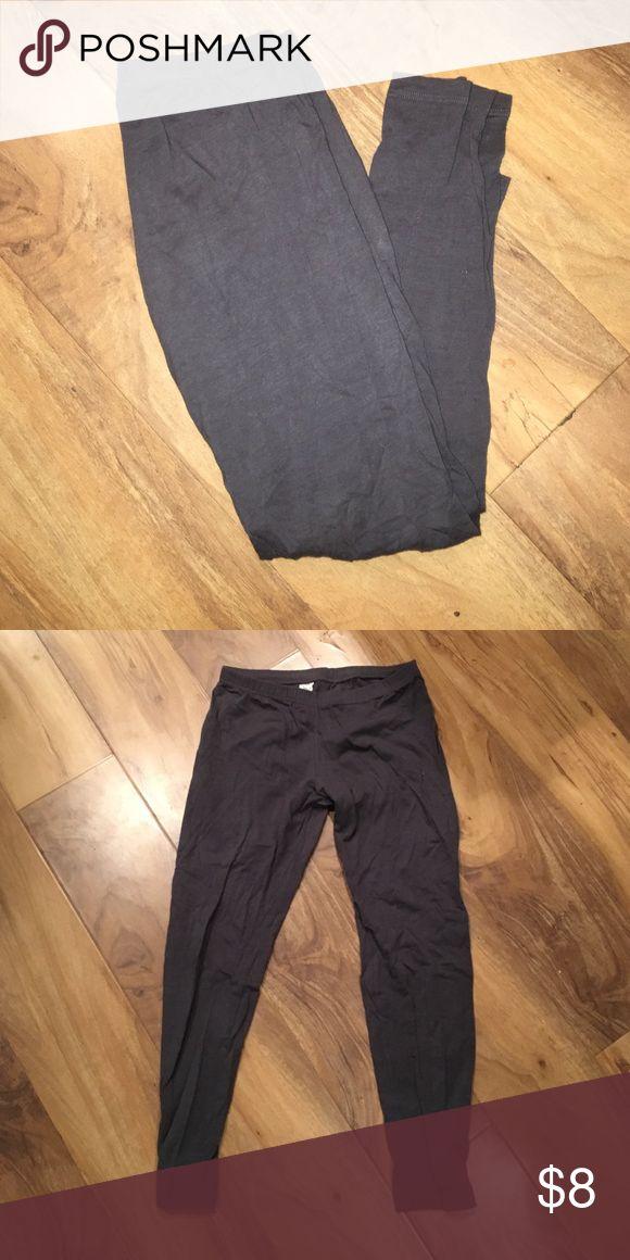 Cherish leggings size Medium These are charcoal leggings by the brand Cherish in a size medium 😊 Cherish Bottoms Leggings