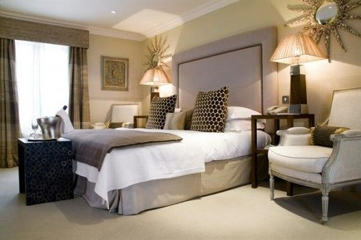 Calcot Manor | Away With The Kids - decadent rooms, fabulous food, excellent restaurant and fabulous play zones for kids of all ages. Calcot is one of the UK's best  luxury child-friendly hotels. We love it!