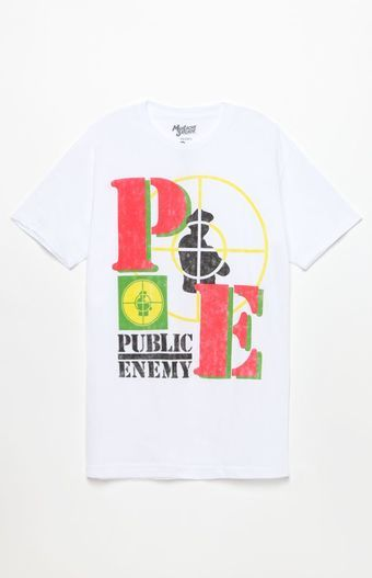 Rep the best of the best in hip hop with help from the Public Enemy T-Shirt. This sick throwback tee has a classic crew neck, short sleeves, and a bold Public Enemy graphic on the front.   Solid tee Public Enemy graphic on front Crew neck Short sleeves Machine washable