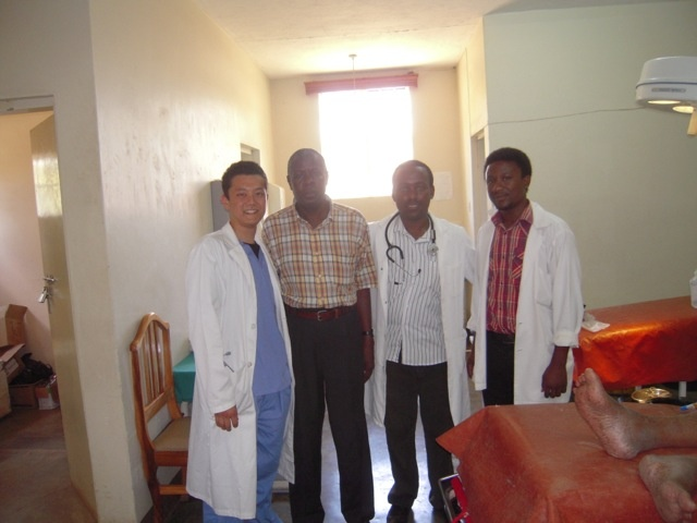 http://feedback.abroaderview.org/2012/04/10/takashi-volunteer-abroad-in-arusha-tanzania/#
