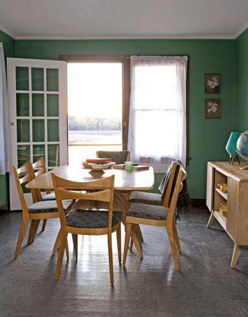 Wisconsin Lake House. Blonde Heywood Wakefield Dining room furniture.