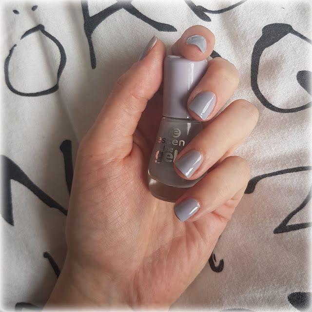 IsaTheStrange #nailart #nailswag #nails  The Gel Nail Polish: Serendipity - Essence Dass die The Gel Nail Polish Reihe von Essence großartig ist, ist kein Geheimnis. Zwar habe ich nicht viele Nagellacke dieser Reihe, aber alle liebe ich absolut. Hier zeige ich euch heute meine wohl liebste Farbe: Die Nummer 37 mit dem hübschen Namen Serendipity <3