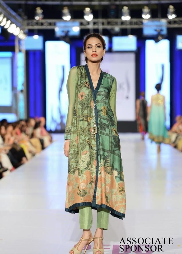 Designer Nida Azwer collection at pfdc fashion week 2013 lahore 15