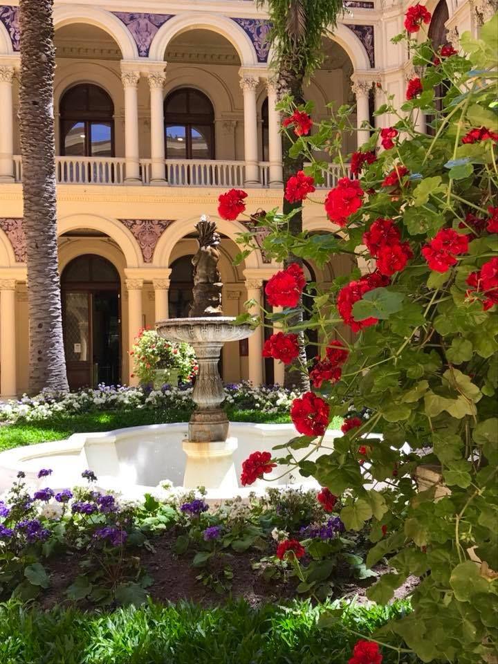Patio de la Casa Rosada