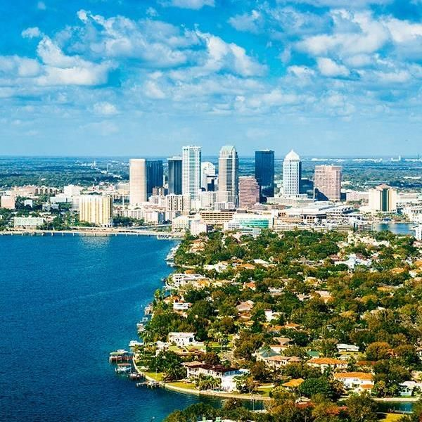 Experience the ultimate twin-centre Florida getaway as you and your family spend five nights in the theme park haven of Orlando and three nights in the relaxing harbourside setting of Tampa Bay, with the fantastic offer of unlimited access to SeaWorld Orlando, Aquatica and Busch Gardens Tampa Bay included in your trip.