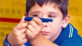 Diabetul zaharat juvenil.Diabetul zaharat este o afectiune endocrina si metabolica cea mai frecventa in copilarie, caracterizata printr-o crestere permanenta a glicemiei, insotita sau nu de semne clinice, fiind cauzata de alterarea secretiei de insulina sau perturbarii actiunii sale.