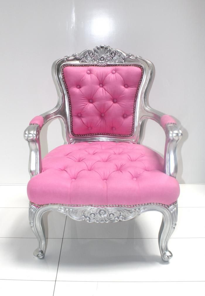 I need a special room just for me to decorate all girlie and cute, it would be my serenity room and this chair would fit perfectly ;o)