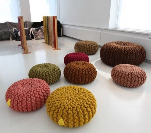 Knitted poufs are more than welcome in those cold climate areas.