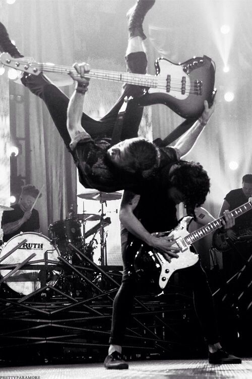 Jeremy Davis and Taylor York - Bass and Lead Guitar - Paramore (Pressure Flip)