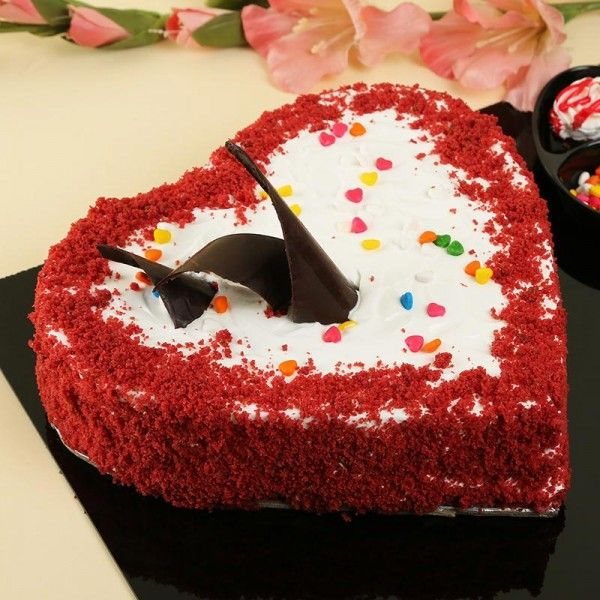 Online Cake Delivery In Bangalore Order Cake Online Bangalore Myflowertree In 2020 Online Cake Delivery Cake Order Cakes Online