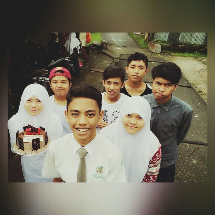 I miss you so much guys :'(