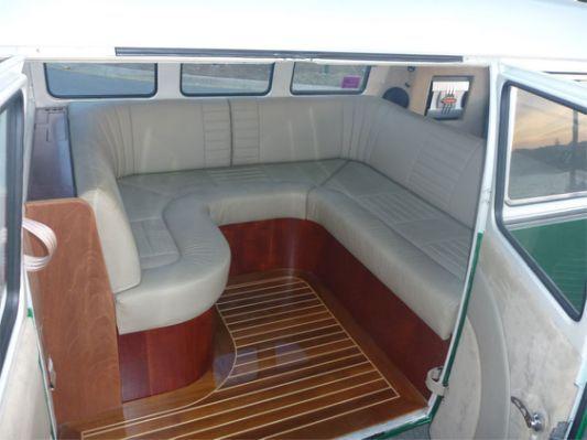 Volkswagen Caddy Kombi Interior