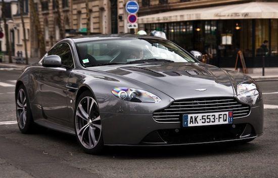 Aston martin in paris