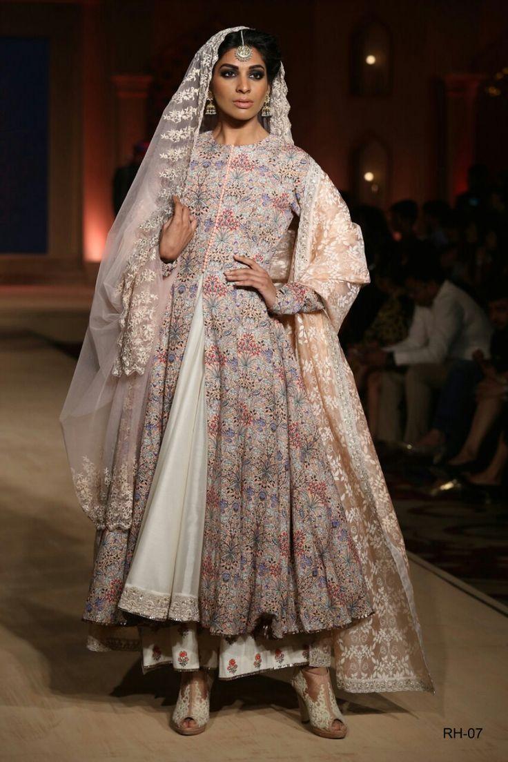 Bajirao Mastani collection by Anju Modi #indianfashion