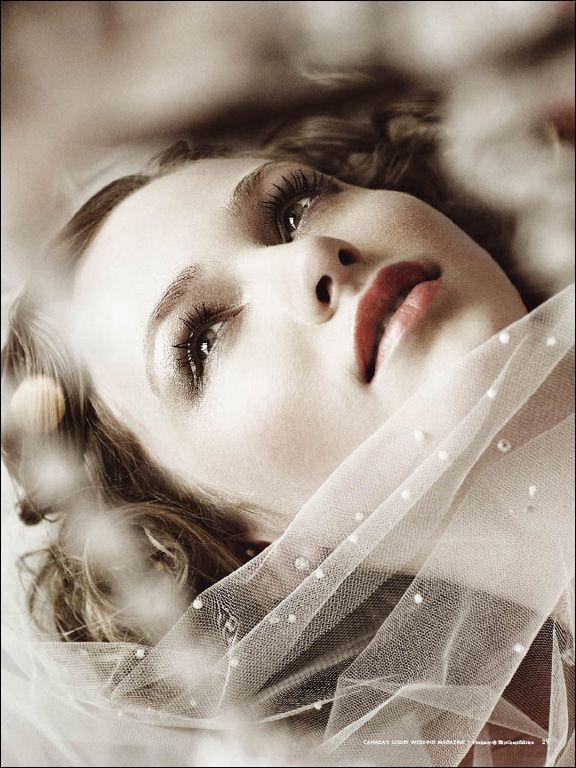 Bridal Photography Key Shot = Far Off Stare, Beauty Close-Up