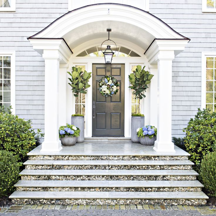 Love Me A Nice Portico With Double Doorsnow To Figure This Out - Colonial portico front entrance